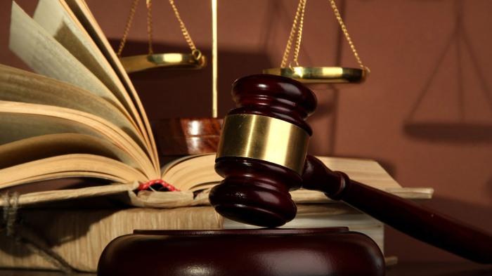 justiça - teratologia