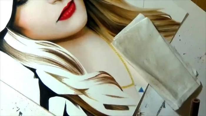 rosto-de-mulher-pintado-a-mao